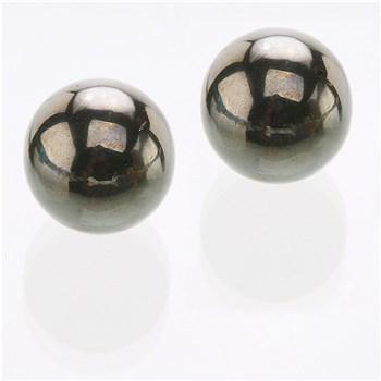 Nen-Wa Magnetic Kegel Balls on table